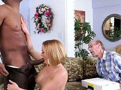 Порно видео муж жена баня