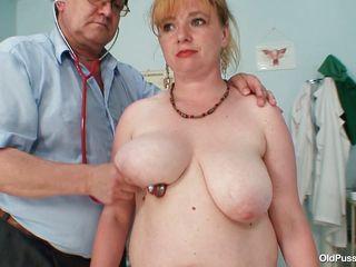 Порно женщина врач гинеколог