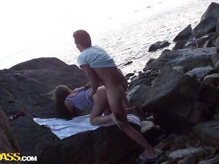 Русское порно на пляже